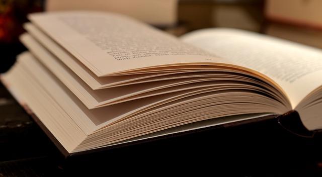 book-520610_640